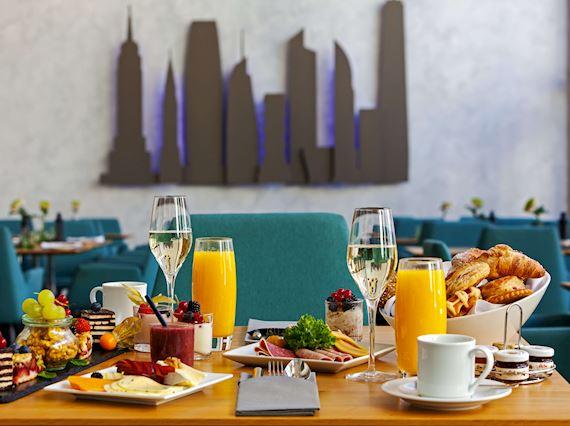 Avenue Restaurant - Breakfast