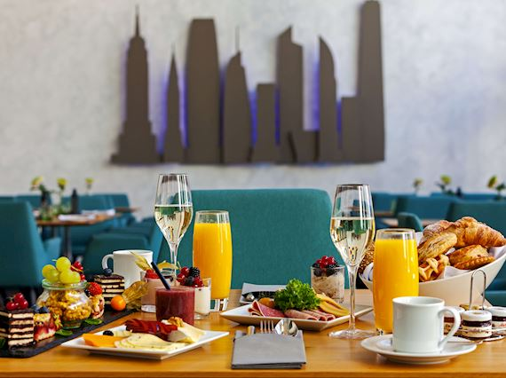 breakfast at 5th avenue hanover
